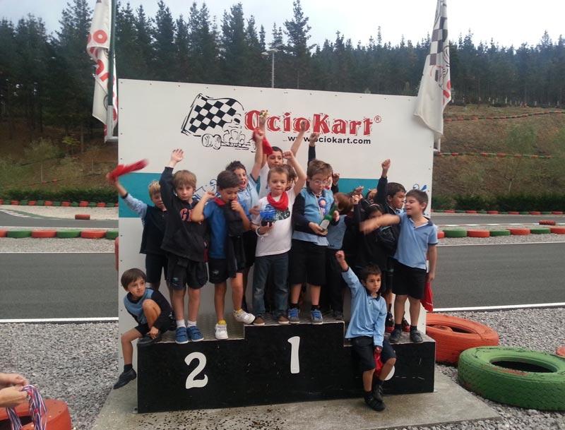 podium carrera de ninos