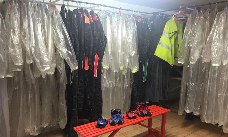 vestuario ropa karting